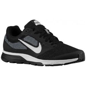 GUC Women's Nike Running Shoes!
